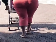 Ass so big like the sun, wide hips bbw