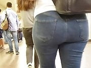 Nice round ass in jeans
